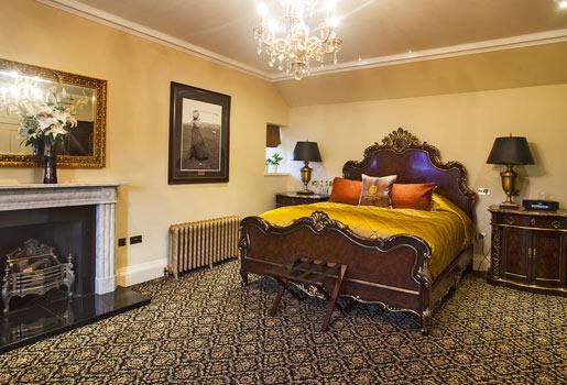 Descanso. La amplia habitación Gran Deluxe tiene cama de matrimonio, con edredón de raso y cojines de tweed.